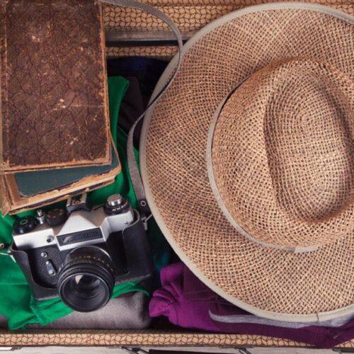 Τι περιέχει η βαλίτσα των διακοπών (καλοκαιρινή έκδοση)