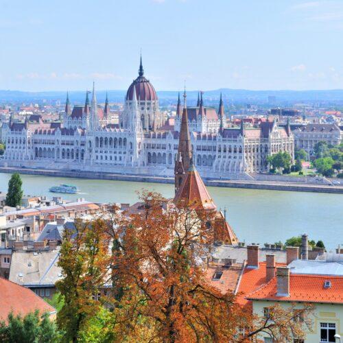 Στις αρχόντισες του Δούναβη, ένα ταξίδι, 3 πόλεις: Βουδαπέστη