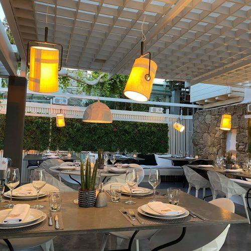 KRAMA MYKONOS: Εκλεπτισμένη Ελληνική Κουζίνα